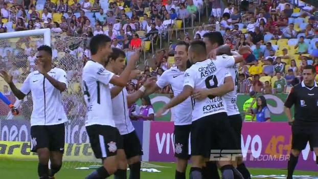 5b328f630c394 30 jogos sem perder  veja como foi a vitória do líder Corinthians contra o  Fluminense