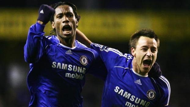 Chelsea cruzou com Tottenham na Copa da Inglaterra de 2007 e avançou com golaço de Shevchenko; reveja