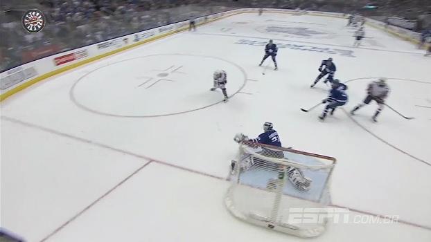 Capitals vence por 5 a 4 e empata série; Senators faz 1 a 0 nos Bruins