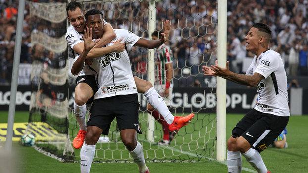 Brasileiro: Gols de Corinthians (heptacampeão) 3 x 1 Fluminense