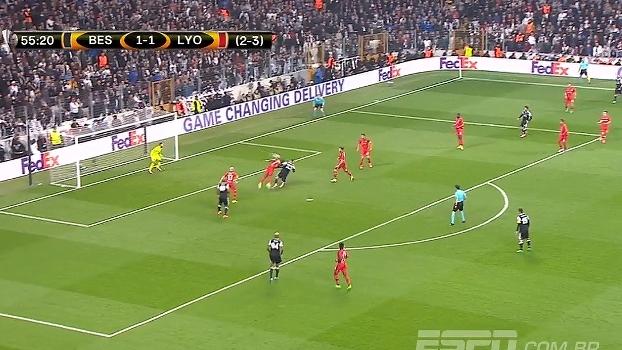 Tempo real: QUE DEFESA! Tosun cabeceia com perigo e Anthony Lopes salva o Lyon