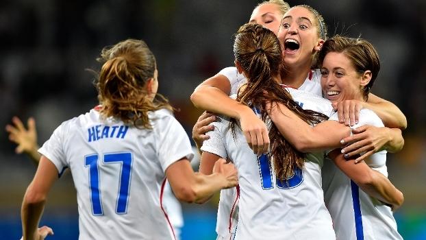 Com gol da melhor do mundo, EUA vencem Nova Zelândia na estreia