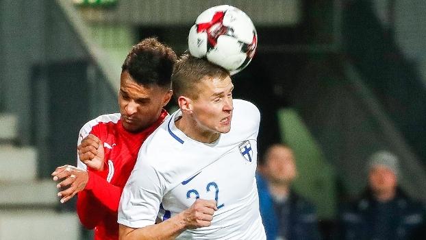Finlândia busca gol no fim e empata com a Áustria por 1 a 1