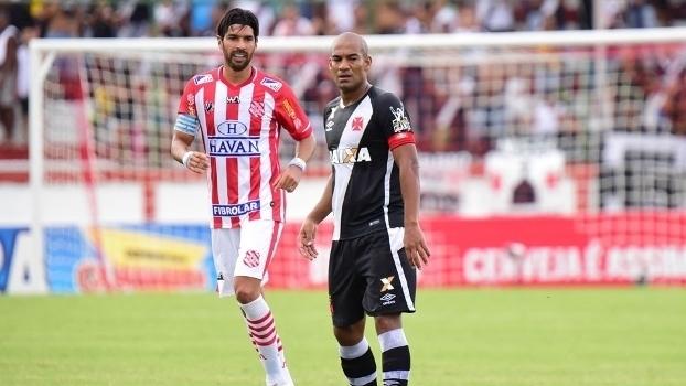 Assista aos gols da vitória do Vasco sobre o Bangu por 3 a 1!