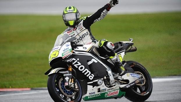 MotoGP: Cal Crutchlow garante a pole position em Silverstone