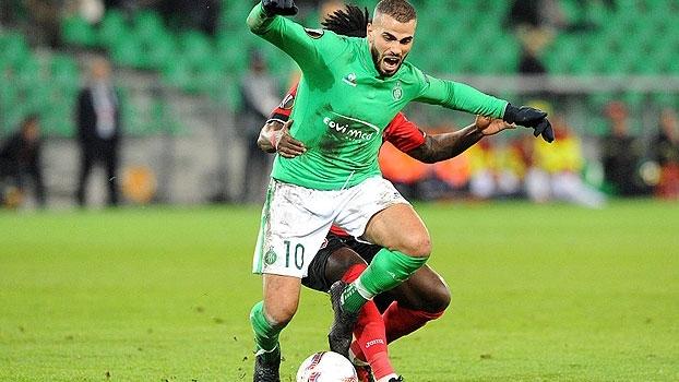 Com gol contra de brasileiro, St. Etienne vence o Gabala e embola grupo C