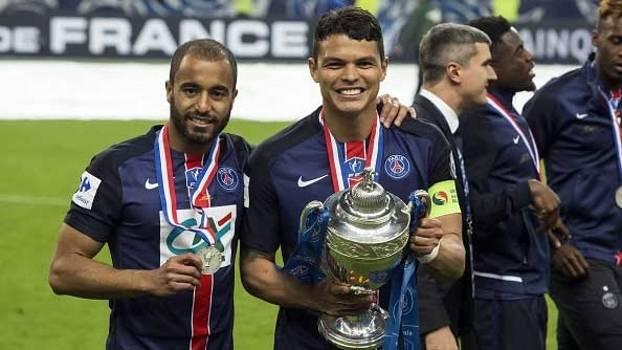 Thiago Silva lembra temporada de dificuldades e diz que PSG mereceu título da Copa da França
