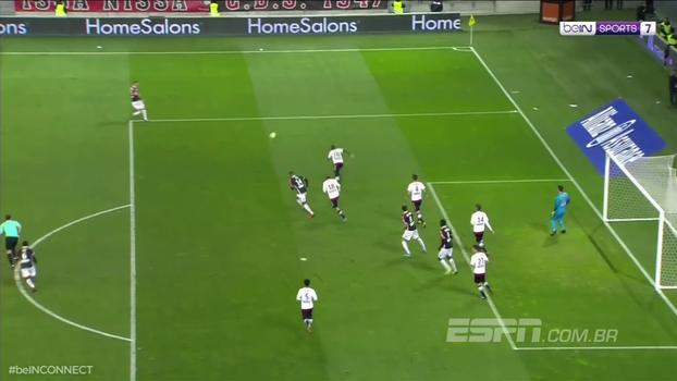 Balotelli faz 'gol de 9', Nice engata 4ª vitória seguida e afunda o Bordeaux
