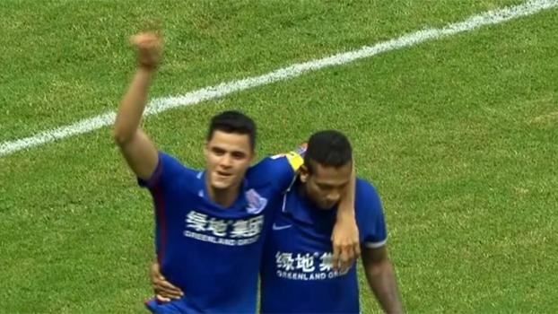 Com gols de Guarin e Oba Oba Martins, Shanghai Shenhua vence Jiangsu Suning de virada