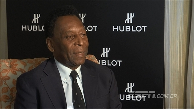 Pelé, sobre Neymar na seleção: 'Precisa arrumar um time para jogar com ele'