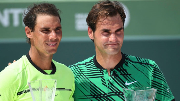 Federer torce para Nadal voltar ao topo do ranking, e espanhol confirma que seria especial