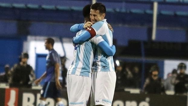 Assista ao gol da vitória do Avaí sobre o Londrina por 1 a 0!