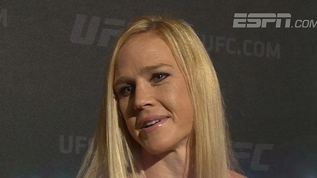 Holly Holm analisa luta de McGregor x Mayweather e acredita em mais 'crossovers' no futuro
