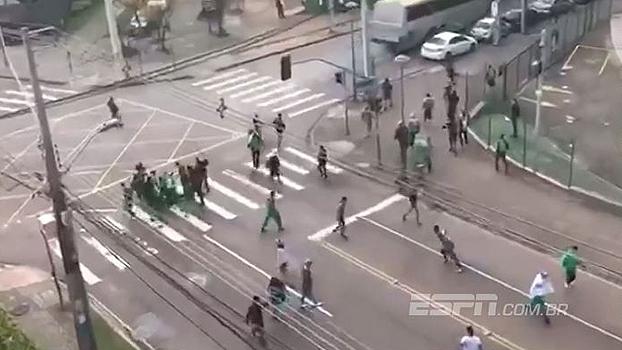 CENAS FORTES: Torcedores do Coritiba espancam corintiano antes do jogo no Couto Pereira