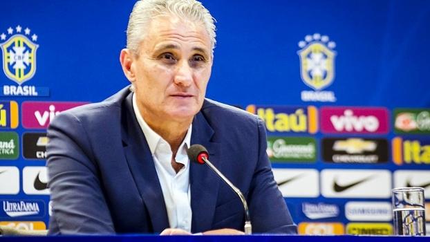 Mauro diz que muitos técnicos deveriam se inspirar em Tite e oferecer mais ao futebol