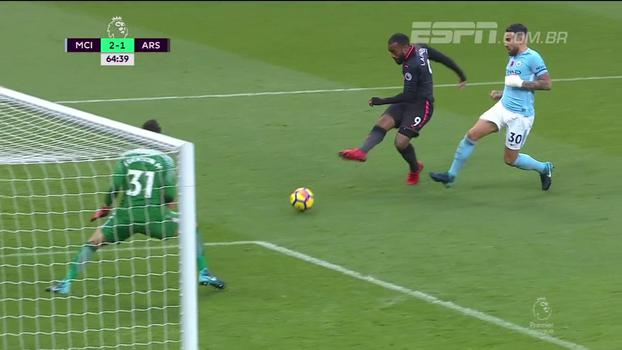 Tempo real: GOL do Arsenal! Ramsey dá bela assistência para Lacazette, que não bobeia e chuta na saída de Ederson