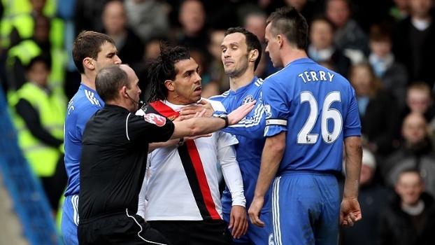 Bridge não cumprimentou Terry, Tévez e Bellamy brilharam, e City venceu Chelsea em 2010
