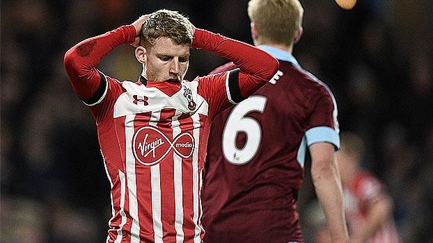 No Turf Moor, Southampton perde para Burnley e chega a 4 partidas sem vencer