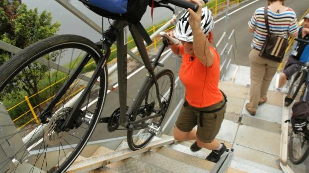 Ainda em conclusão, obras da ciclovia do Rio Pinheiros já apresentam problemas | Bike é Legal