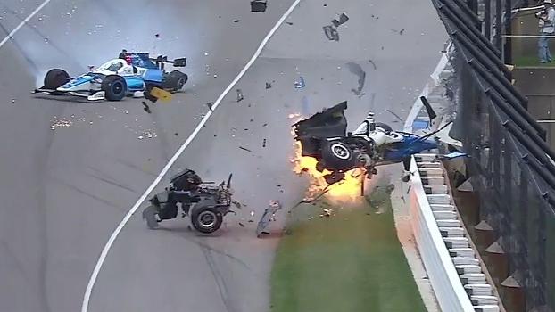 Veja o acidente impressionante que marcou a Indy 500; pilotos saíram ilesos