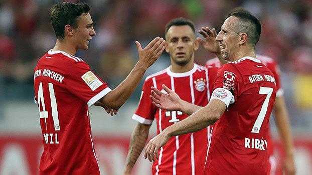 Com gol de letra, golaço de falta e até pixotada, Bayern de Munique goleia em amistoso contra o Offenbach