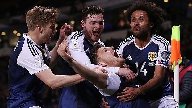 Escócia marca no fim e vence a Eslovênia pelas Eliminatórias Europeias