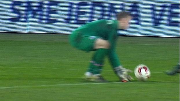 ee32b2a027 Assista aos gols da vitória da Eslováquia sobre a Islândia por 3 a 1!