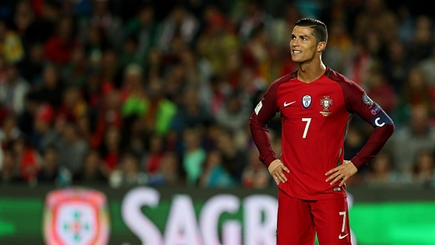 Veja o pênalti perdido por Cristiano Ronaldo contra a Letônia ad26d0b98df98