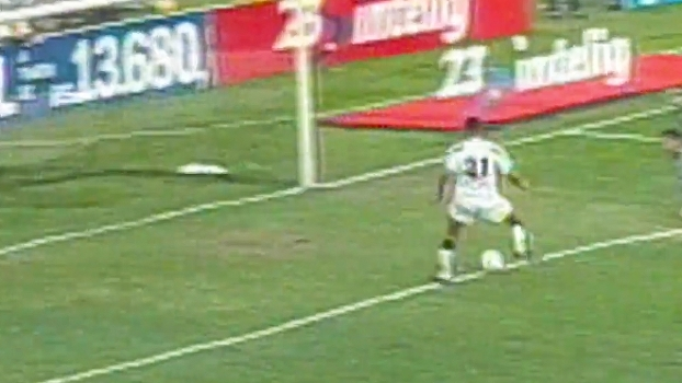 Washington 'Coração Valente' fez 3 gols, e Ponte Preta atropelou o Palmeiras há 17 anos