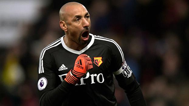 Top10 da rodada da Premier League tem milagres de Gomes, jogada de pé em pé do City e golaço de De Bruyne