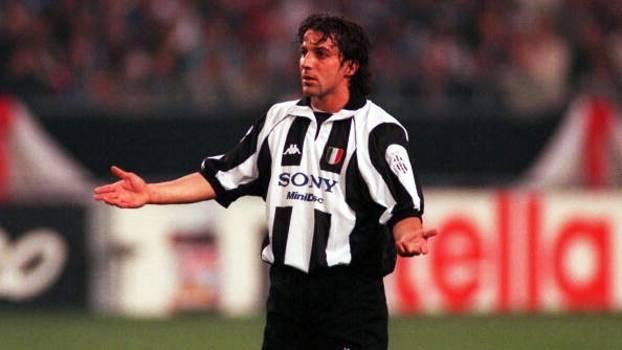 Com show de Del Piero, Juventus eliminou Monaco, de Henry, e foi à final da Champions 97/98; relembre