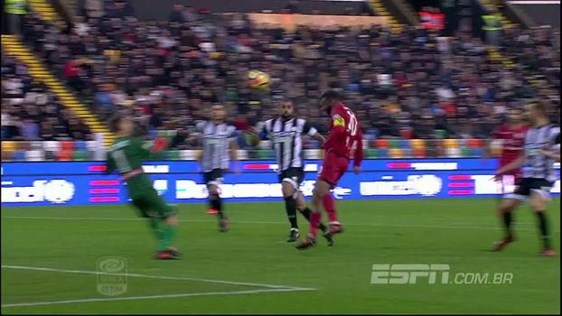 Brasileiro aproveita vacilo da zaga, faz o dele e Cagliari vence a Udinese fora de casa