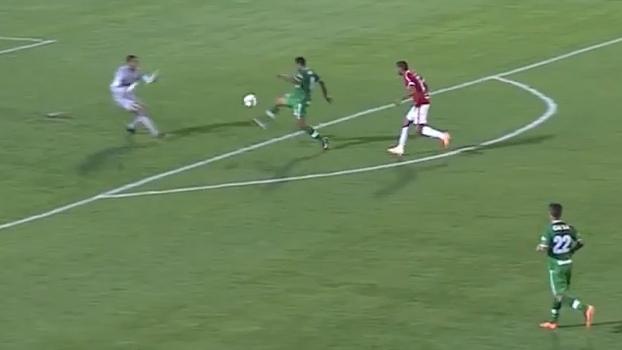 Em 2014, Internacional tomou 5 a 0 da Chapecoense na Arena Condá
