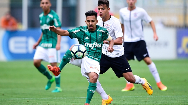 Caçado em campo e frio nos pênaltis; veja como Alanzinho comandou o Palmeiras na final da Copa do Brasil Sub-17