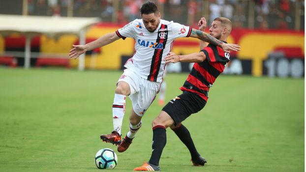 58d9dedf51 Brasileiro  Gols de Vitória 1 x 2 Flamengo - ESPN