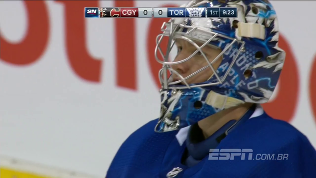 Andersen brilha no gol e Toronto Maple Leafs vence Calgary Flames nas penalidades