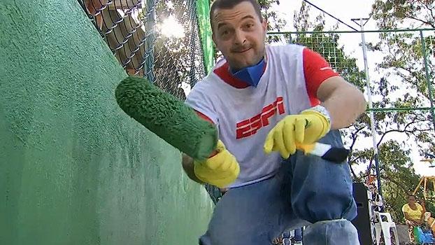 Elenco dos canais ESPN participam de inauguração de espaço em comunidade em São Paulo