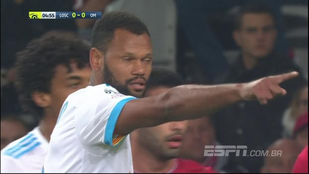 Mesmo com trio brasileiro de titular, Lille perde para o Olympique; veja o gol em bela jogada ensaiada