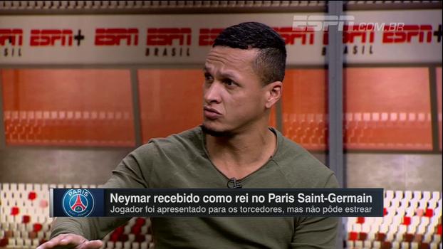 Camisa 10 do PSG em 2008, Souza vê Neymar tecnicamente acima de CR7 e diz que não trocaria o Barcelona pela França