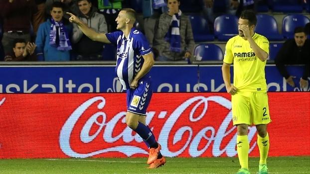 Villarreal vacila, é derrotado pelo Alavés e vê sonho por Champions mais distante