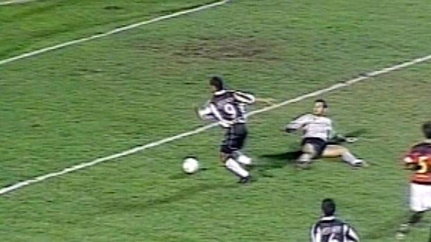 Com gols e assistência, Marques comandou vitória do Atlético-MG sobre o Sport em 2001