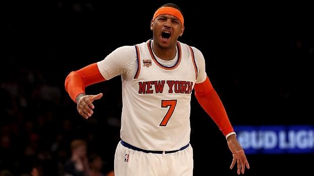 Carmelo bate recorde, ultrapassa Charles Barkley e vira 25º maior pontuador da NBA