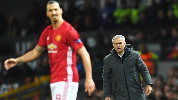 Mourinho se diz triste, mas afirma que Ibrahimovic está pronto para enfrentar a lesão