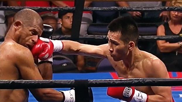 Com 3 knockdowns em 84seg, boxeador mongol detona rival no peso-pena