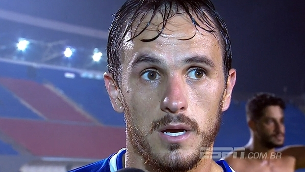 Lucas vê 'jogo muito bom' contra o Londrina e destaca classificação cruzeirense