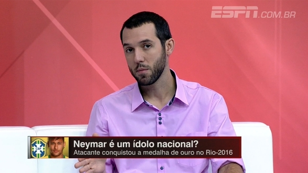 Neymar é um ídolo nacional? Hofman responde e fala em cobrança exagerada da imprensa