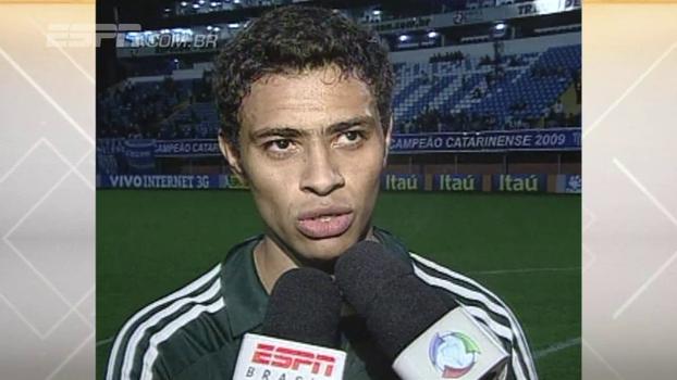 Obina e Cleiton Xavier brilharam, e Palmeiras venceu Avaí na Ressacada em 2009