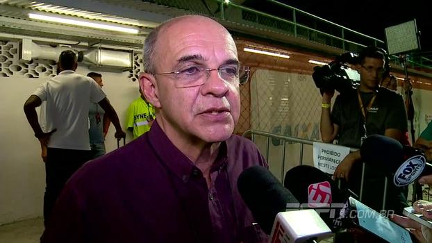 Bandeira questiona CBF e fala em injustiça: 'Não teria problema nenhum fazer o Flamengo x Vasco aqui na Ilha'