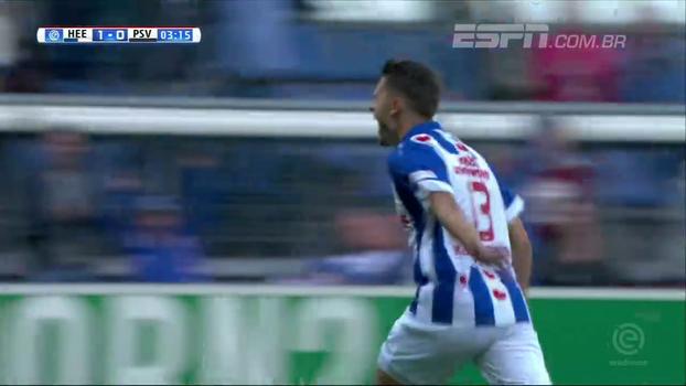Heerenveen faz dois gols em dois minutos e vence PSV em casa