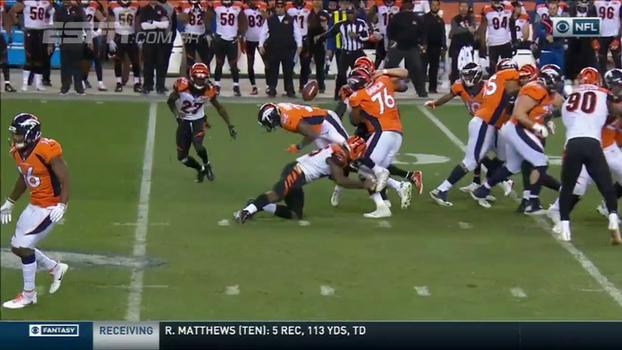 Assista aos lances da vitória dos Bengals sobre os Broncos por 20 a 17!